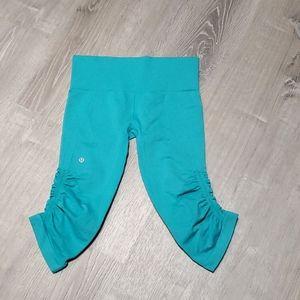 Lululemon in the flow crop pants size 6